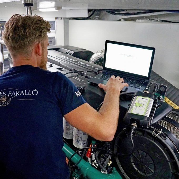 Solución de problemas de componentes eléctricos, mecánicos y electrónicos